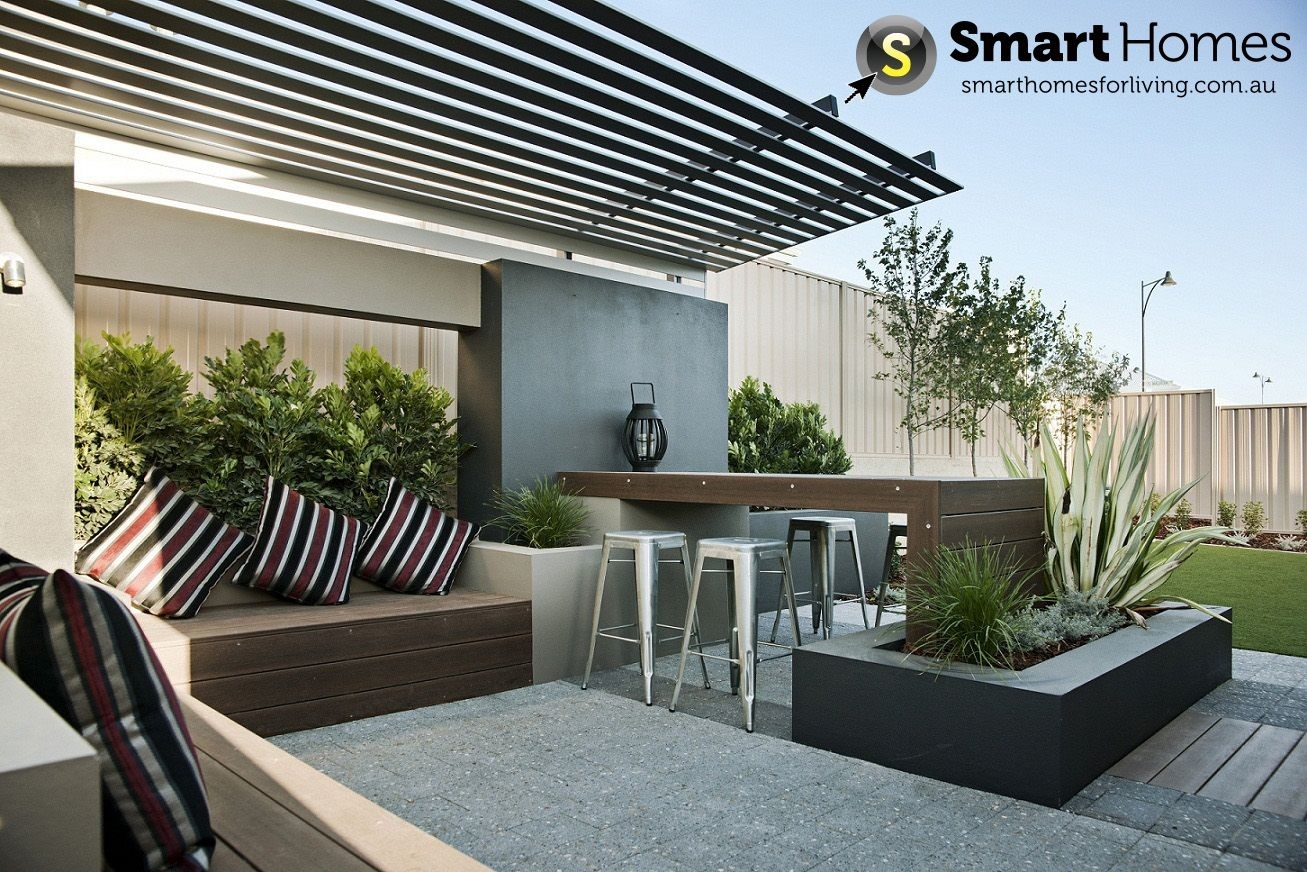 Modern Patio Alfresco Design With Feature Pergola #Patio # with regard to Modern Backyard Patio
