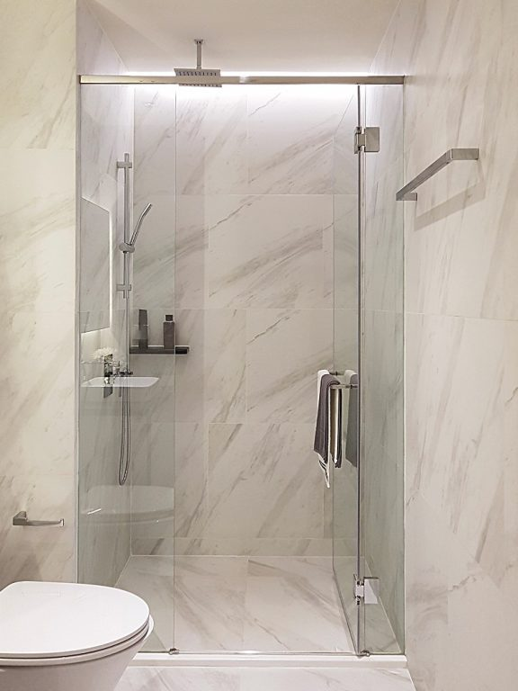 Bathroom Shower Partition Glass